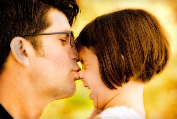 La nascita di una figlia rivoluzionerà la vita di un uomo. E ora vi diremo il perché…