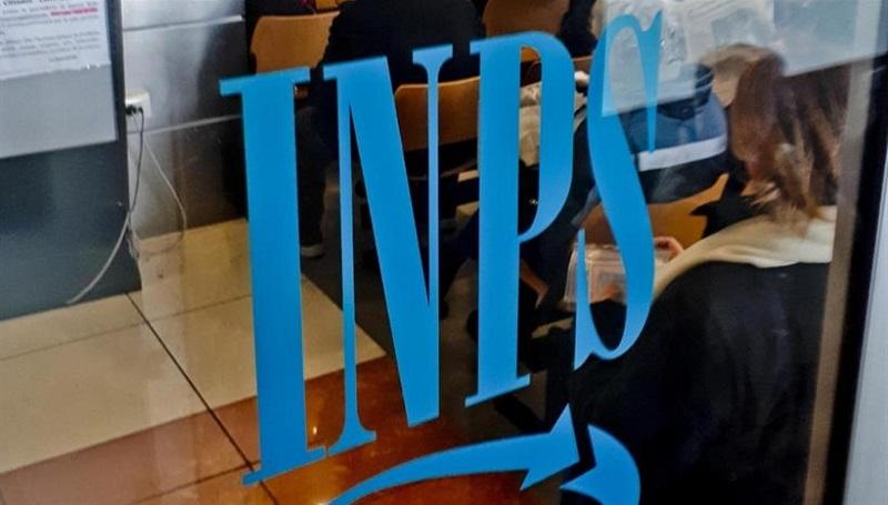 INPS, in alcuni casi la pensione si POSTICIPA a 71 anni: ecco quando accade